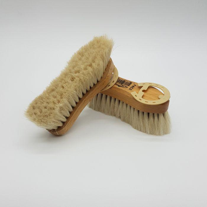 Salmon Goat Hair Face Brush