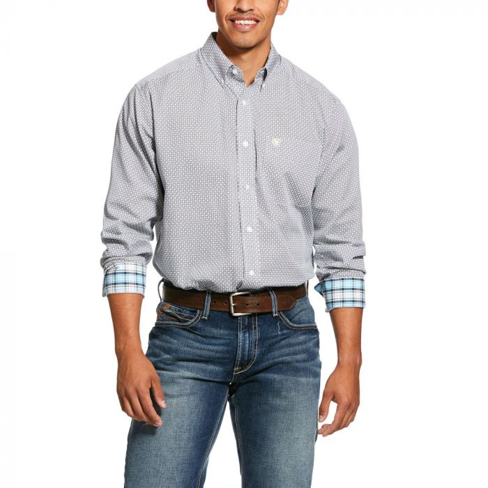 Ariat Men's Wrinkle Free Memphis Classic Fit Long Sleeve Shirt